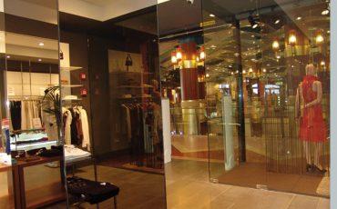 עיצוב מראה לרשת חנויות האופנה מנגו