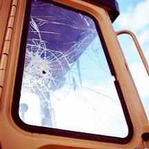 זגוגית שבורה ברכב עבודה