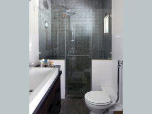 דלתות זכוכית לאמבטיה