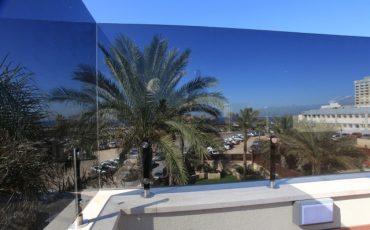 שימוש יעיל בזכוכית בתהליך שיפוץ דירה
