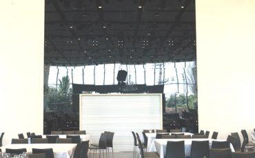 קיר זכוכית מרשים מויטרינות לאולמות אירועים, ויטרינה זכוכית